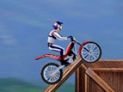 play BIKE MANIA ARENA 1 DESC…